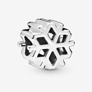 PANDORA SS Christmas Polished Snowflake Charm, NWT